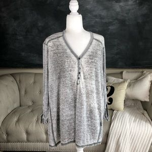 JANE AND DELANCEY | Distressed Thermal Tunic Top